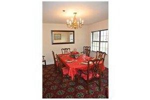 Photo 6 - Dunwoody Pines Retirement Community, 4355 Georgetown Square, Dunwoody, GA 30338