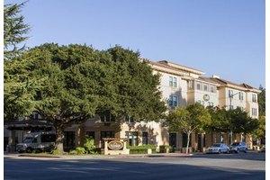 955 S El Camino Real - San Mateo, CA 94402