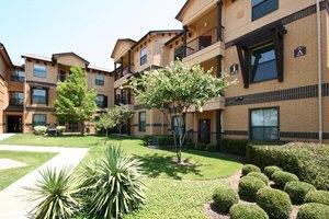 Photo 1 - Parkview in Allen, 1451 S. Greenville Ave., Allen, TX 75002