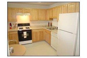 Photo 7 - Hyde Park Village, 55 South Hyde Avenue, Iselin, NJ 08830