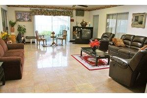 2011 Santa Rena Dr - Rancho Palos Verdes, CA 90275