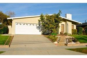 1851 Redondela Dr - Rancho Palos Verdes, CA 90275