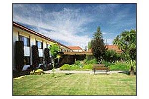 3255 Villa Lane - Napa, CA 94558