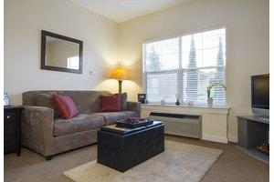 633 S Knickerbocker Dr - Sunnyvale, CA 94087