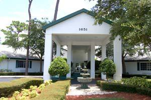 1651 South Pinellas Avenue - Tarpon Springs, FL 34689