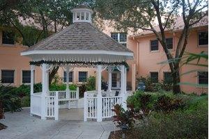 5121 E Serena Drive - Tampa, FL 33617