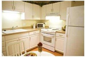 Photo 7 - American House Sterling Woods Senior Living, 36430 Van Dyke Ave., Sterling Heights, MI 48312