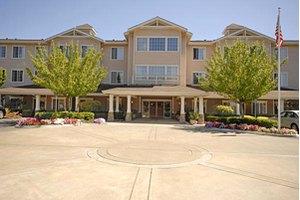 300 Fountaingrove Parkway - LARKFIELD-WIKIUP, CA 95403