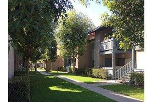 10829 Fulton Wells Ave - Santa Fe Springs, CA 90670