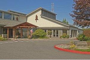 1600 Eagle Ridge Dr S - Renton, WA 98055