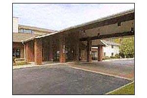 2601 Chimney Rock Rd - Hendersonville, NC 28792