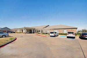 206 Oak Dr S - Lake Jackson, TX 77566