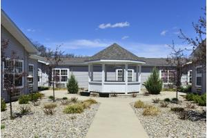 245 W Rosewood Ave - Defiance, OH 43512