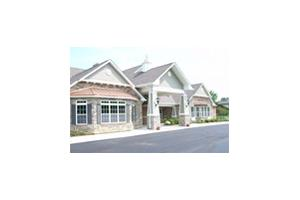717 S McHenry Ave - Crystal Lake, IL 60014