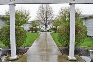 1506 Meadowview Dr - Celina, OH 45822