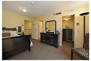 Photo 10 - Mountview Senior Living, 2640 Honolulu Ave, Montrose, CA 91020