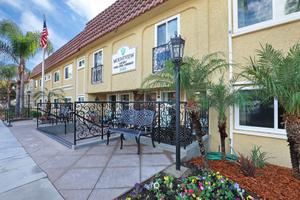 Photo 17 - Mountview Senior Living, 2640 Honolulu Ave, Montrose, CA 91020