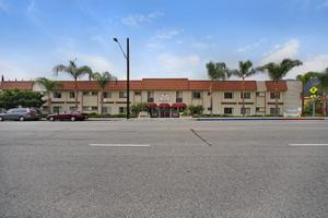 Photo 18 - Mountview Senior Living, 2640 Honolulu Ave, Montrose, CA 91020