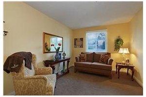 Photo 4 - Mountview Senior Living, 2640 Honolulu Ave, Montrose, CA 91020