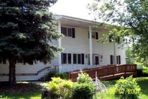 1173 S Packard Ave - Burton, MI 48509