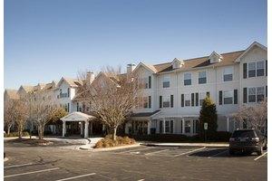 1208 New Garden Rd - Greensboro, NC 27410