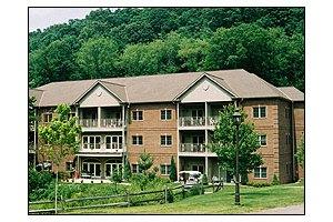 811 Village Drive - Pittsburgh, PA 15237
