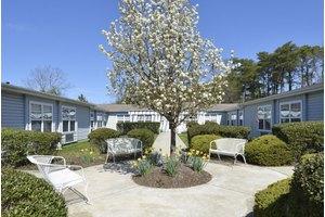 199 Steelmanville Rd - Egg Harbor Township, NJ 08234