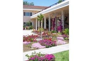 1224 Cottonwood St - Woodland, CA 95695