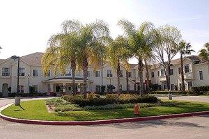 17650 Devonshire St - Los Angeles, CA 91325