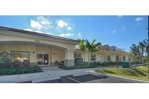 7640 University Drive - Tamarac, FL 33321