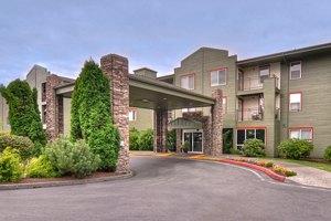 8201 6th Avenue - Tacoma, WA 98406