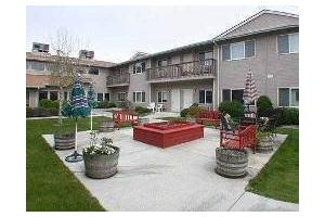 907 Ida Belle St - Sunnyside, WA 98944