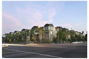 6750 Whitsett - North Hollywood, CA 91606