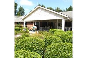 2441 East Broad Street - Statesville, NC 28625