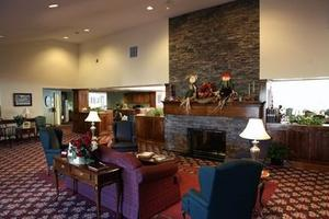 5945 Vinecroft Dr - Clarence Center, NY 14032